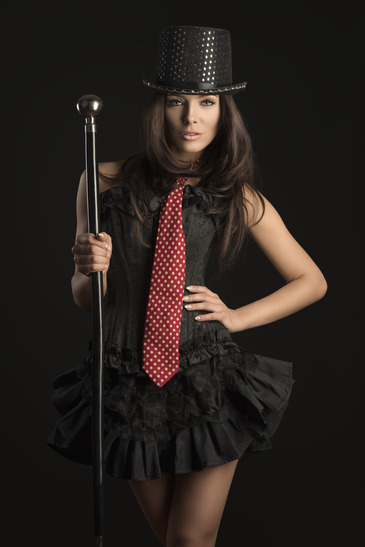 sexy brunette cabaret girl