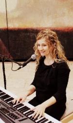 Sängerin Anne bei www.showdreams.de